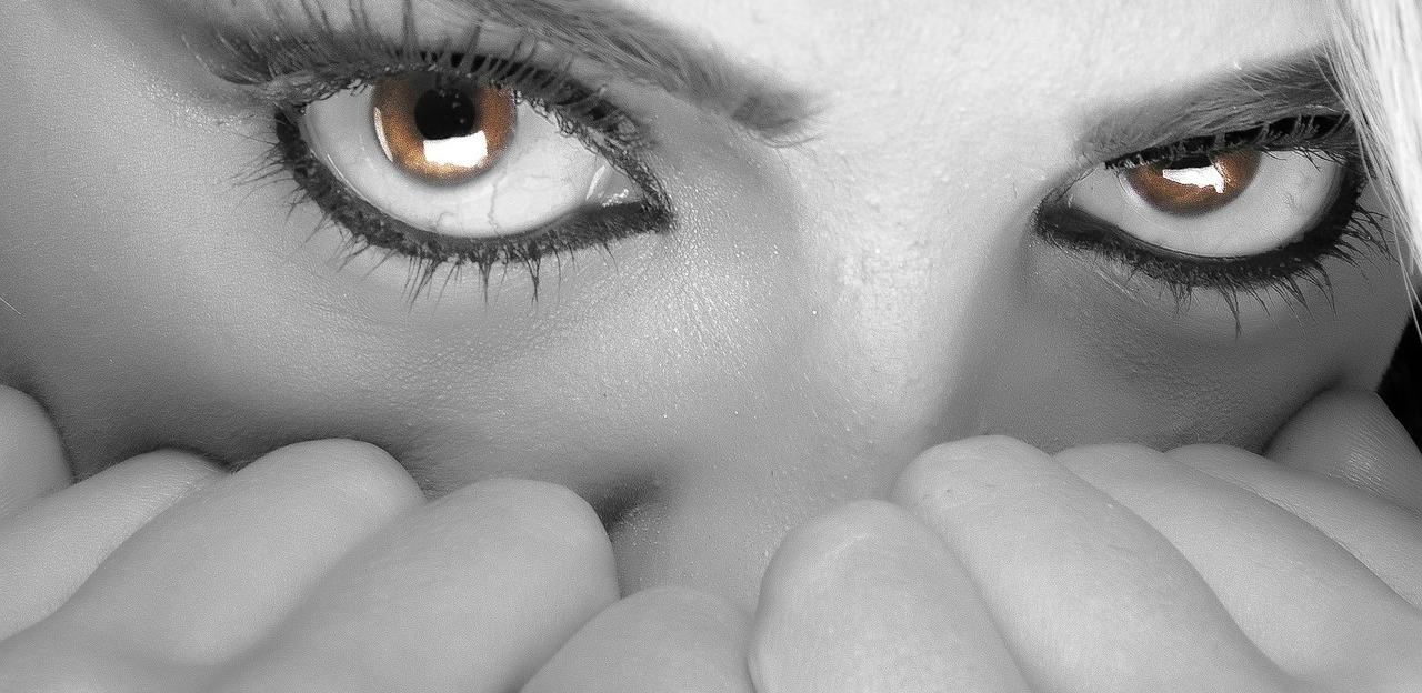 Oči stres