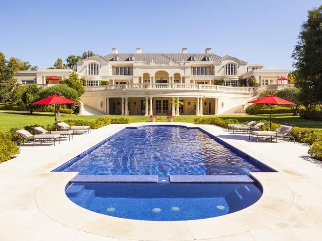 5. Carolwood Estate, Holmby Hills, Kalifornie. Cena: $74 mil. (1,8 mld. Kč). Prodávající: Gabriel Brener (Houston Dynamo). Kupující neznámý