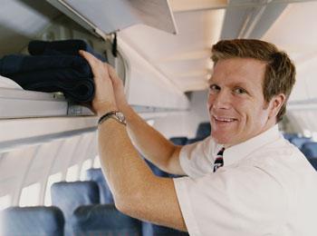 Stevardi a letušky odnesou krizi leteckého průmyslu