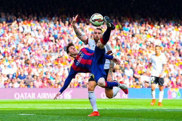 FC Barcelona. Hodnota 3,16 mld. dolarů (79 mld. korun).