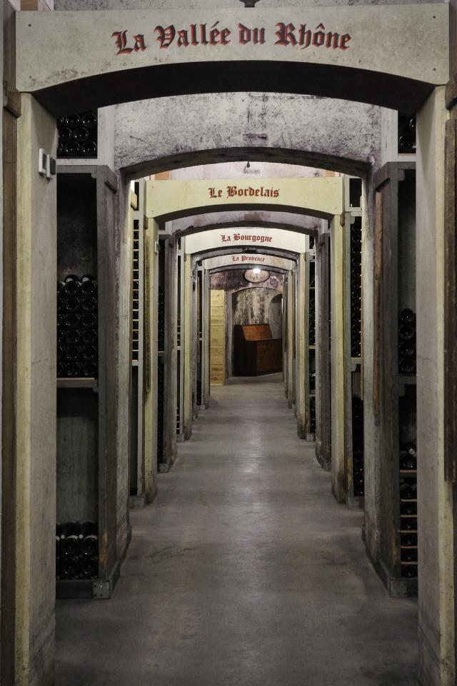 7-Wine-cellars-at-the-Hôtel-de-Paris640