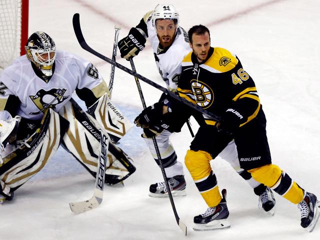 6. David Krejčí. Hokej, Boston Bruins. 128,5 milionu korun