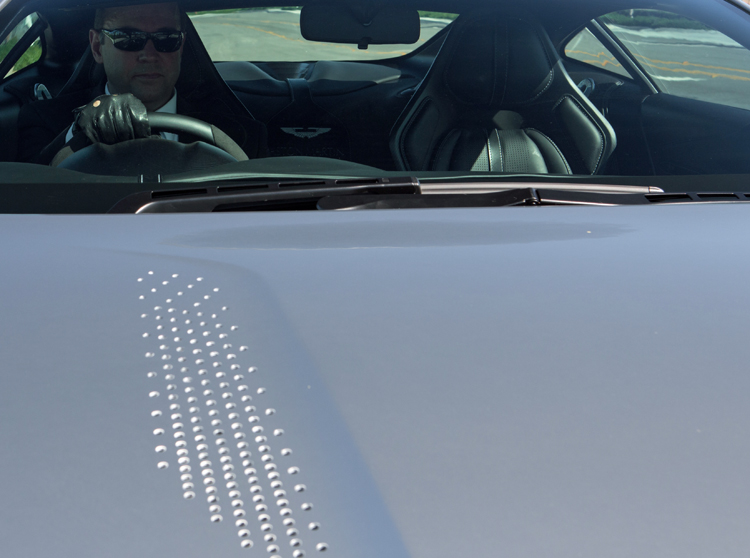 Aston-Martin-DB10-James-Bond-Hood-Vents