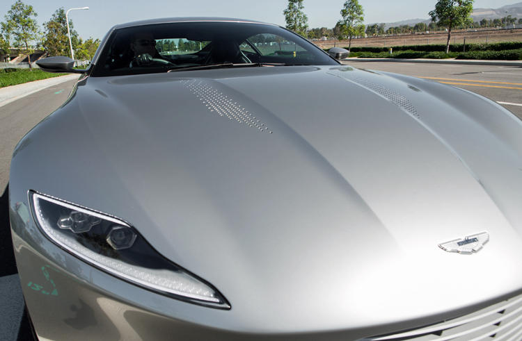 Aston-Martin-DB10-James-Bond-Hood