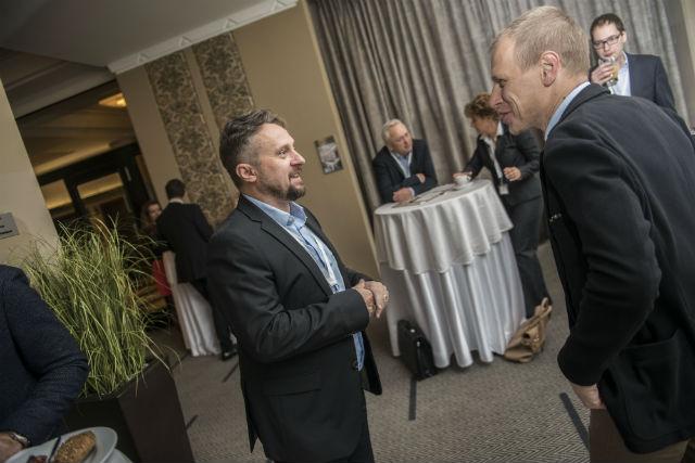 Vítězslava Valu zrodinné koupelnové skupiny Siko přivítal šéfredaktor časopisu Newsweek Jiří Nádoba, který dříve patřil do týmu Forbes.