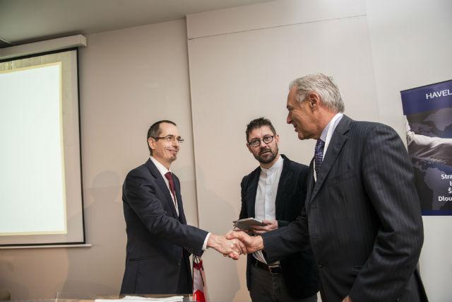 Víkend vDrážďanech pro dva věnoval Václav Novotný (vlevo), který zastupoval partnera konference hotelovou společnost HRS.