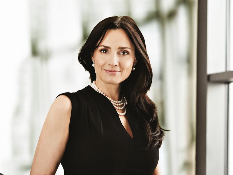 6.  Michaela Chaloupková, 40, ředitelka Divize Správa a členka představenstva, ČEZ.