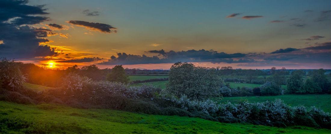rano slunce krajina