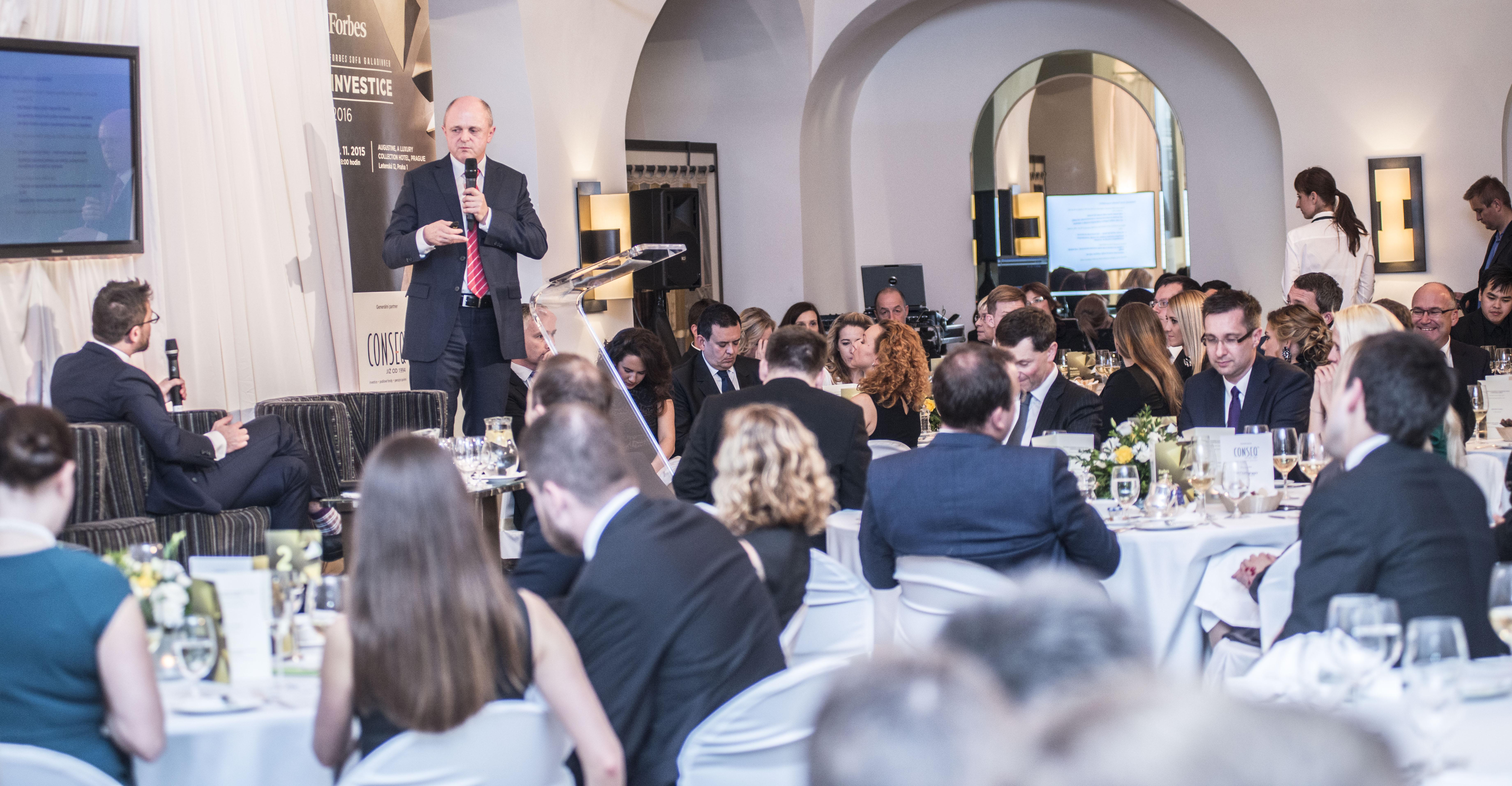 Jan Vedral, hlavní investiční analytik a předseda představenstva generálního partnera večera, společnosti Conseq.