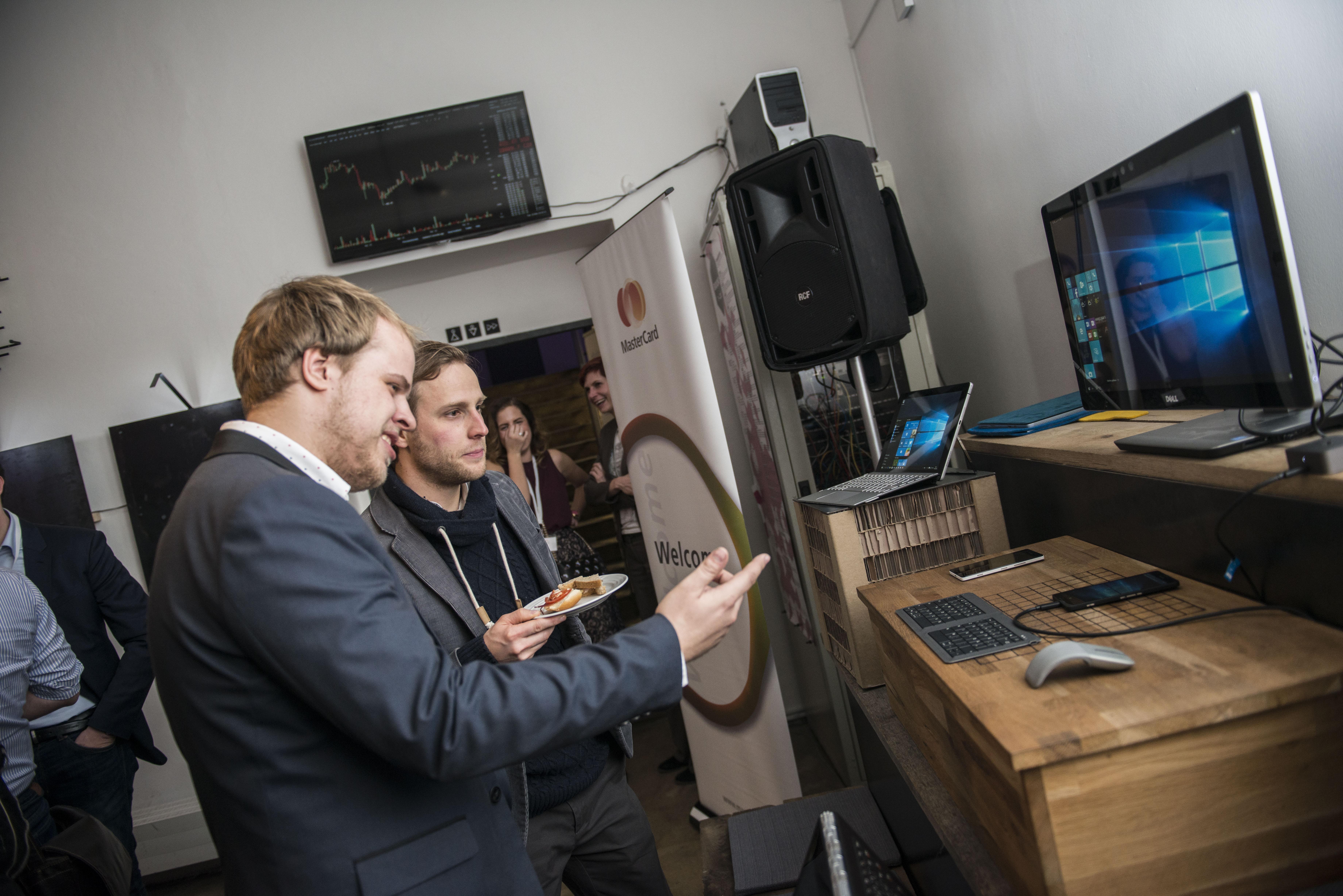 Výstava společnosti Microsoft, o kterou se postaral Jan Hruška