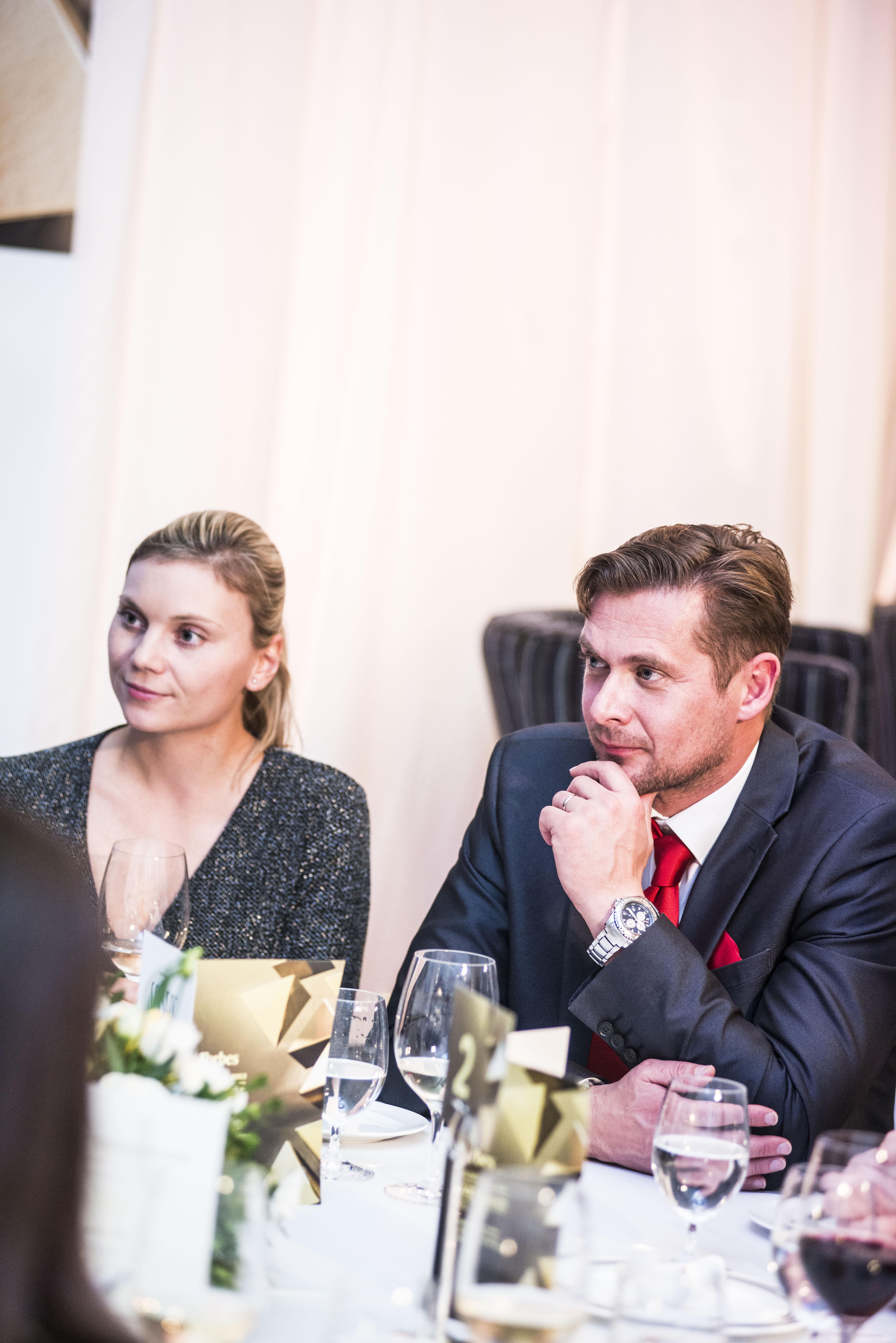 Kateřina Trnková a David Kopal, zástupci partnera večera, společnosti Scuderia Praha a.s.