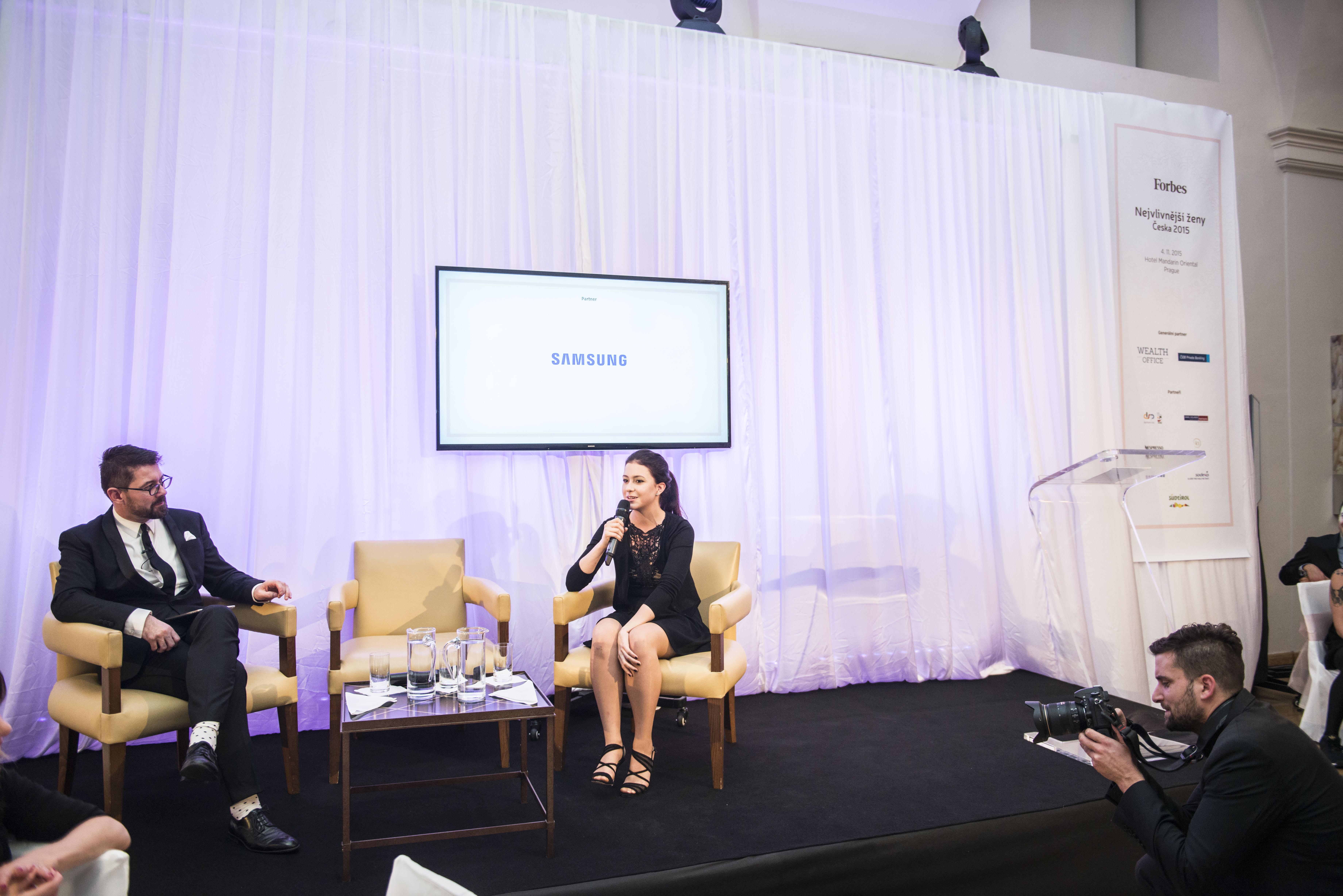 Na pódiu hovořila i zástupkyně mladé generace mezi vlivnými ženami, Tereza Hodanová známá jako Teri Blitzen