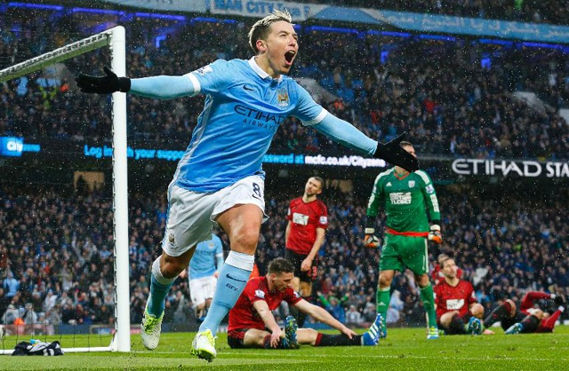 20. Samir Nasri, Manchester City | Francouz | výdělek: 15 mil. USD