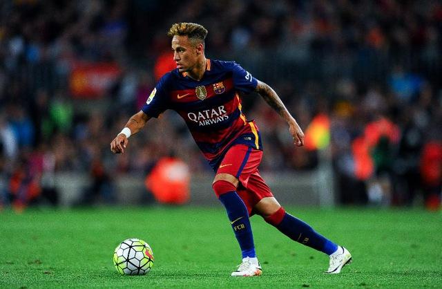 4. Neymar da Silva Santos Junior, Barcelona | Brazilec | výdělek: 36 mil. USD