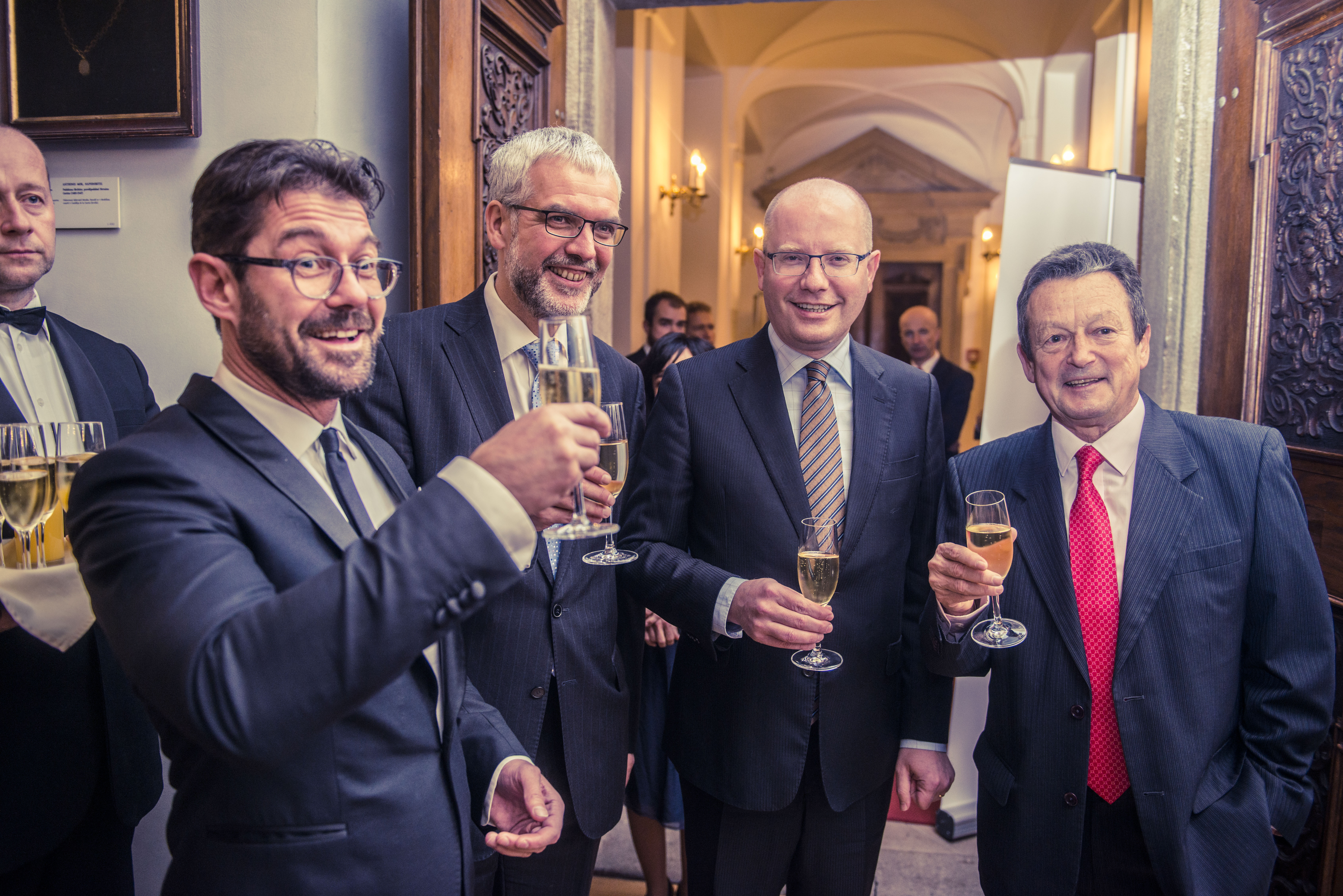 Petr Šimůnek, šéfredaktor Forbesu, Jiří Schneider, Aspen Institute Prague, Bohuslav Sobotka, předseda vlády ČR, Ivan Hodáč, Aspen Institute Prague.