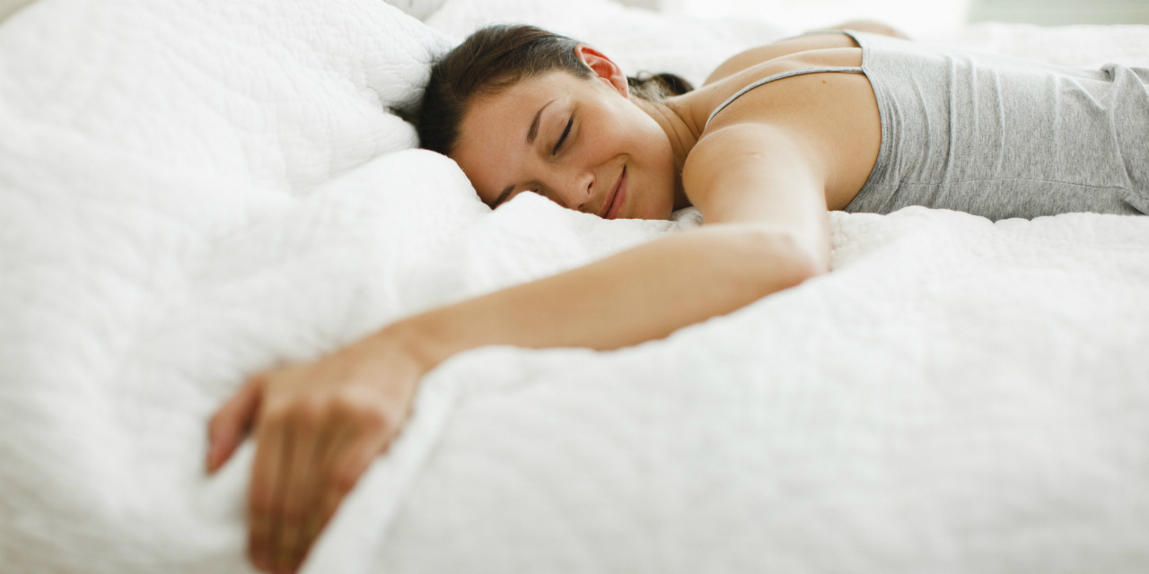 o-sleeping-woman-facebook1
