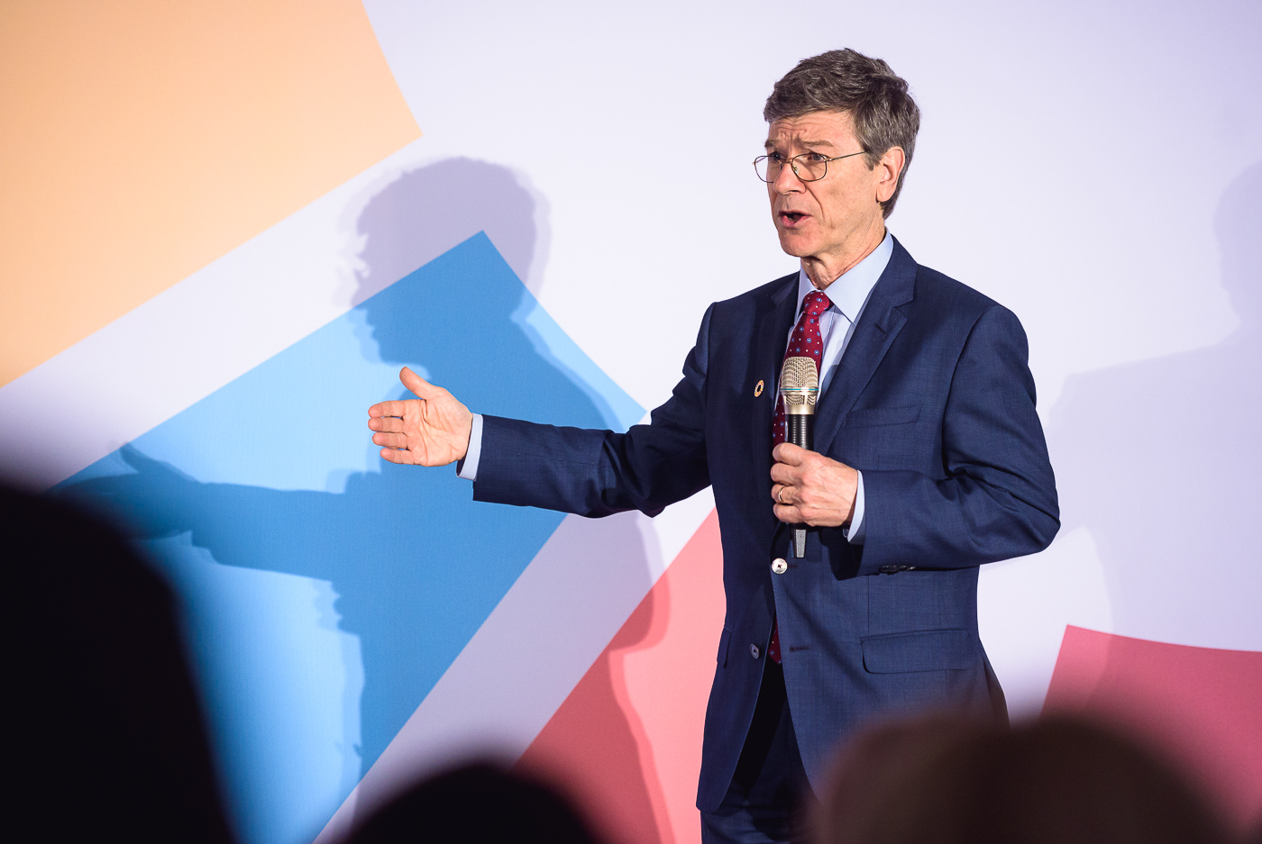 Keynote patřil světovému ekonomovi Jeffrey Sachsovi.